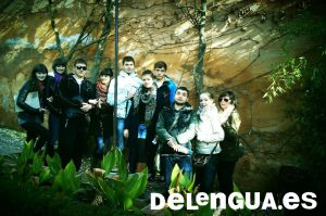 Students from the Estatal Lingüistica de Piatigorsk University in Russia enjoy a trip to the Alhambra