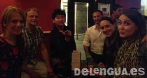 Students from Rusia, Holland, France, Italy, South Korea and Wales enjoy a night out at a cocktail bar!