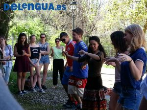 Dancing with Spanish Courses in Granada